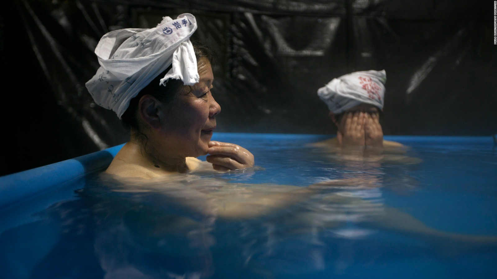 Tokyo\'s public baths: How to enjoy a Japanese sento | CNN Travel