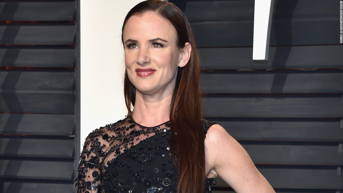 Actress Juliette Lewis defended Scientology and fellow proponent Tom Cruise after his 2012 divorce.