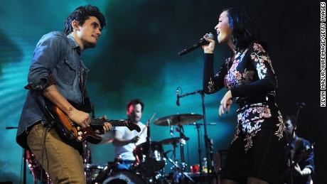 John Mayer and Katy Perry perform at Barclays Center of Brooklyn on 2013 in New York City.