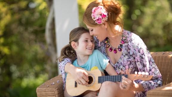 Isabel Rose with her daughter, Sadie
