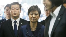 SEOUL, SOUTH KOREA - MARCH 30:  Ousted South Korean President Park Geun-hye arrives for questioning on her arrest warrant at the Seoul Central District Court March 30, 2017 in Seoul, South Korea. A hearing to determine whether an arrest warrant should be issued for former president Park Geun-hye will be held at the Seoul Central District Court.  (Photo by Ahn Young-Joon-Pool-Getty Images)