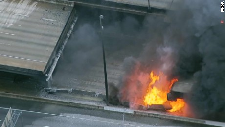 atlanta interstate 85 fire collapse_00002004.jpg
