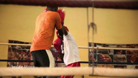 Inside Africa Accra Africa's boxing mecca B_00063228