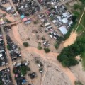 11 Colombia mud slides 0401