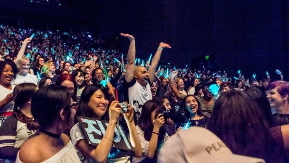 Fans at the  SHINee concert in Dallas