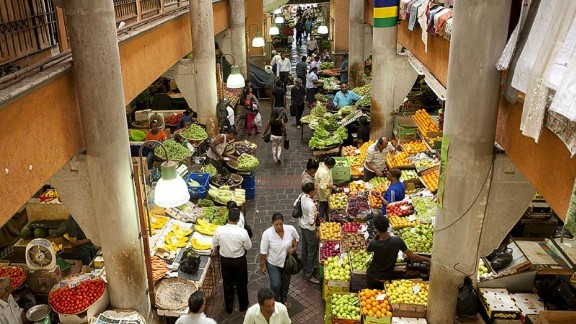 <strong>Central Market: </strong>Having undergone a makeover a few years ago, the Central Market in Port Louis is where to find fresh Mauritian produce as well as a food hall with fresh juices and local street eats.