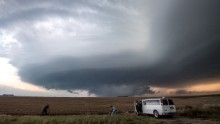 """Storm chasing photographers take photos underneath a rotating supercell storm system in Maxwell, Nebraska on September 3, 2016. Although multiple tornado warnings were issued throughout the area, no funnel cloud touched down. / AFP / Josh Edelson / XGTY RESTRICTED TO EDITORIAL USE  / MANDATORY CREDIT:  """"AFP PHOTO / Josh EDELSON"""" / NO MARKETING / NO ADVERTISING CAMPAIGNS /  DISTRIBUTED AS A SERVICE TO CLIENTS  ==        (Photo credit should read JOSH EDELSON/AFP/Getty Images)"""