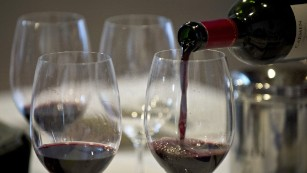 Can frequent, moderate drinking ward off diabetes?