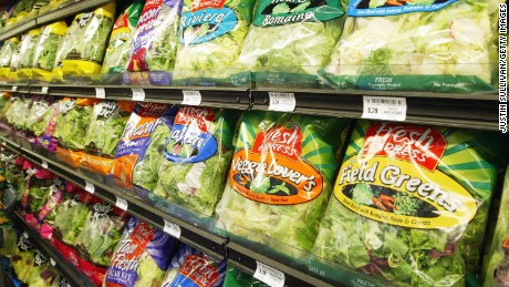 Do bagged salad greens hold their nutrients?