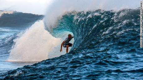 Australia's Owen Wright competes in the 2015 Billabong Pro Tahiti, World Surf league tour n?3, along the Teahupo'o coast, western of the French polynesia island of Tahiti, on August 24, 2015. AFP PHOTO/ GREGORY BOISSY        (Photo credit should read GREGORY BOISSY/AFP/Getty Images)