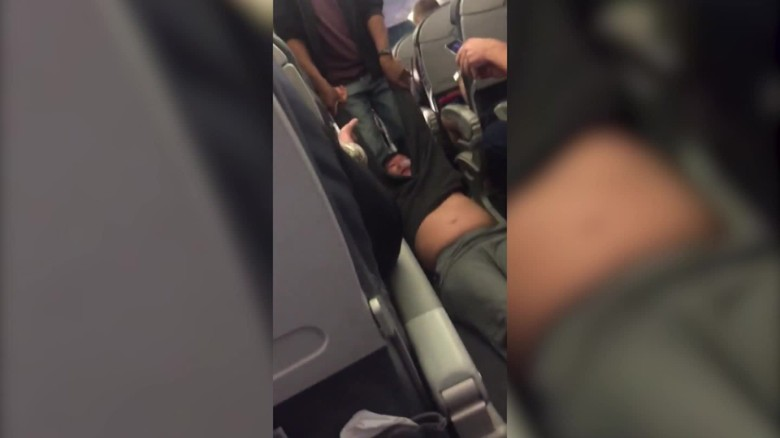 united airlines passenger dragged off flight orig_00000417