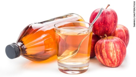 Apple cider vinegar causes chest pain