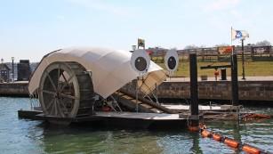 Ocean garbage can power homes