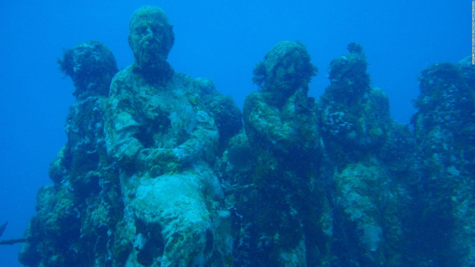 8 amazing underwater attractions from around the world cnn travel xflitez Choice Image