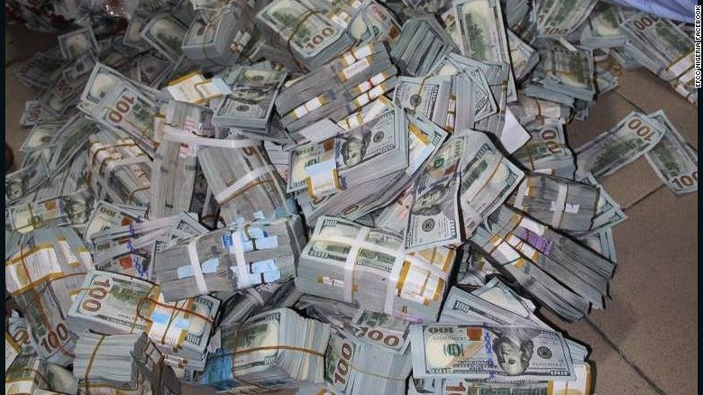 nigerian anti corruption unit finds 43 million in cash in lagos