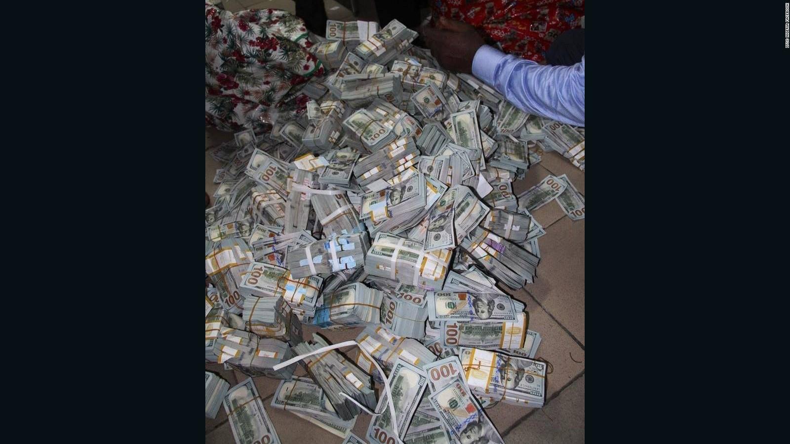 Nigerian Anti Corruption Unit Finds 43 Million In Cash Lagos Apartment Cnn