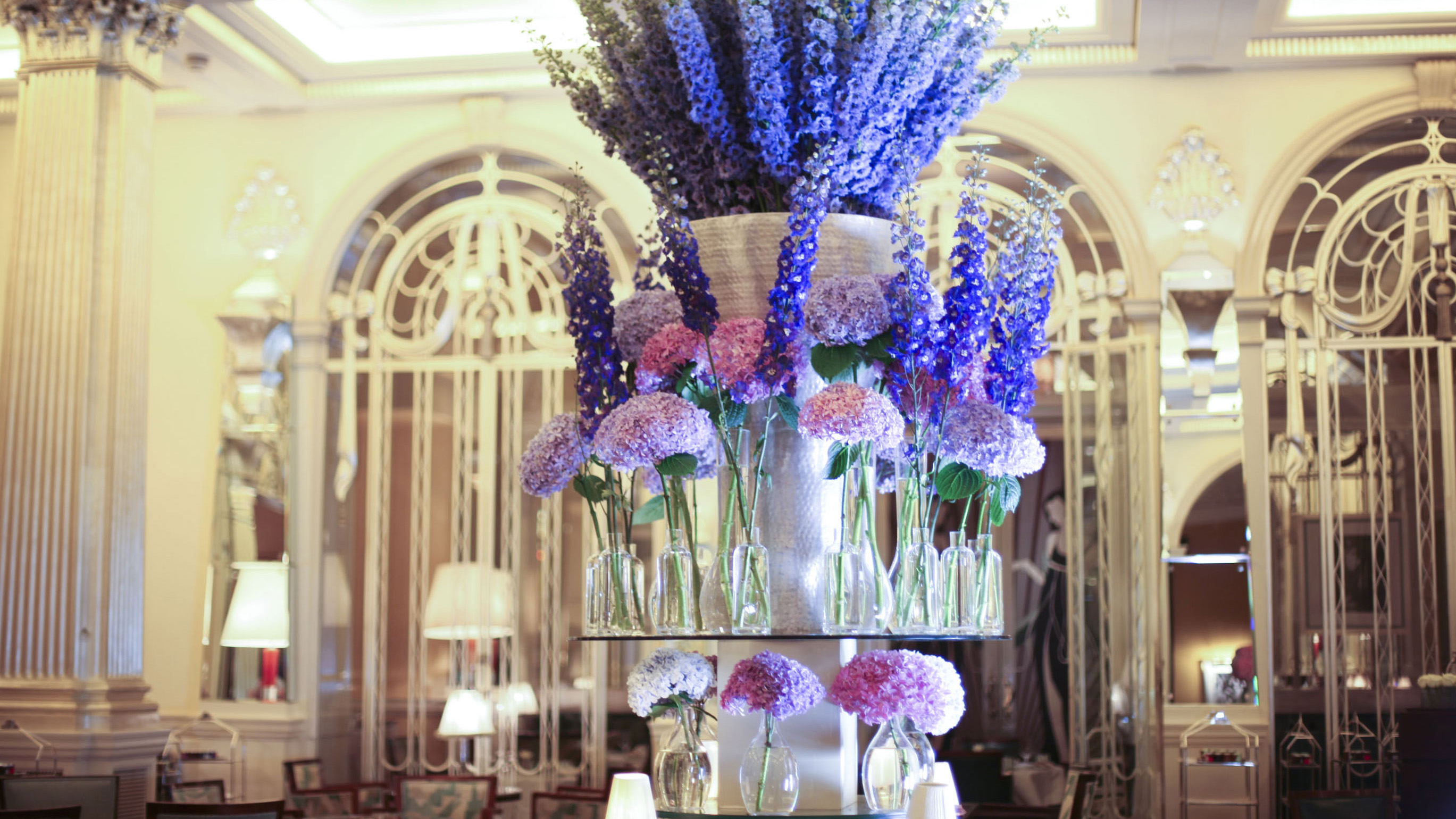 Hotel Foyer Flower Arrangements : The world s most beautiful floral hotels cnn travel
