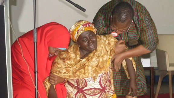 Rebecca Samuel Yaga begging for rescue of her daughter at the inaugural Chibok girls lecture held on third anniversary of the schoolgirls kidnap.