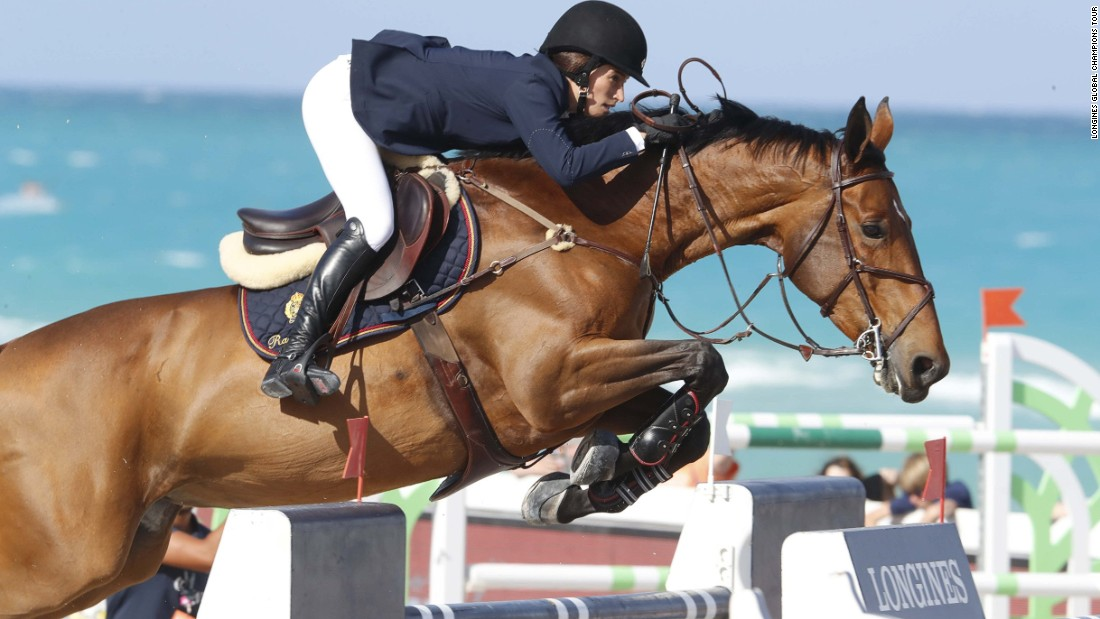 Jessica Springsteen rides Davendy S during the Miami event.