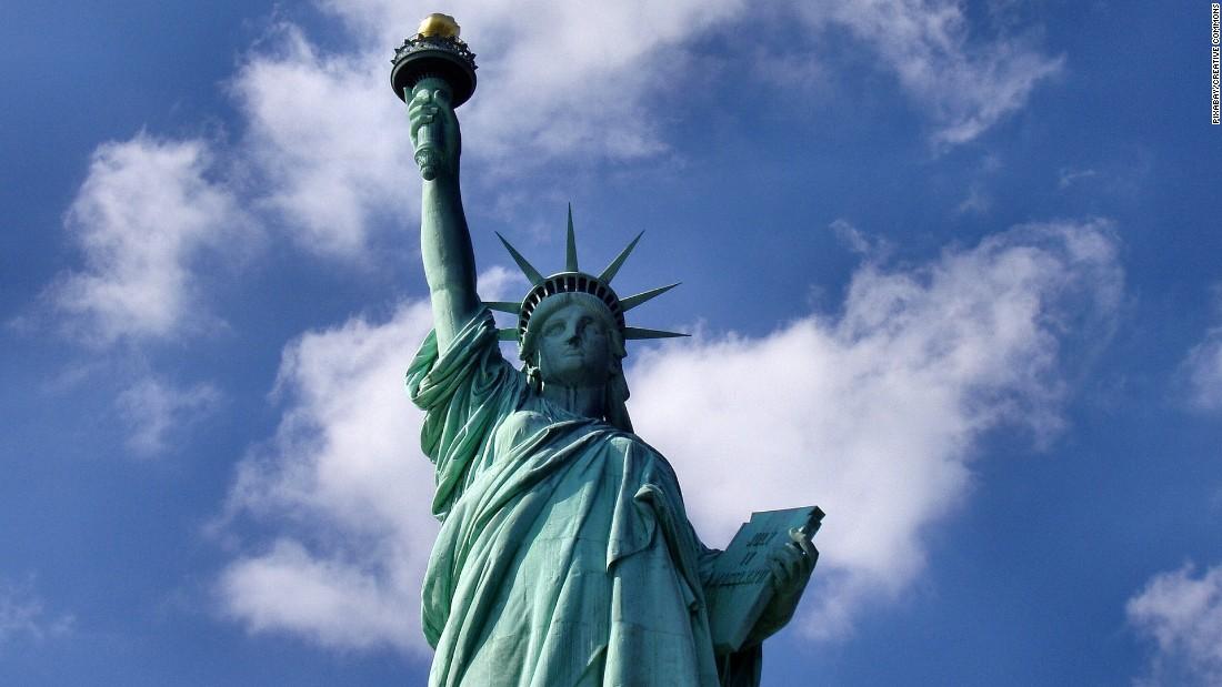 Stephen Miller Downplays Statue Of Libertys Famous Poem Cnnpolitics