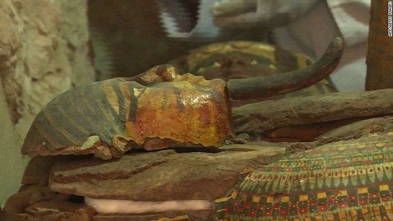 8 mummies unearthed in 3,500-year-old tombs