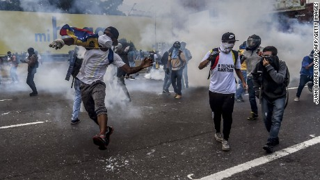 Venezuela says it will split from OAS as unrest continues