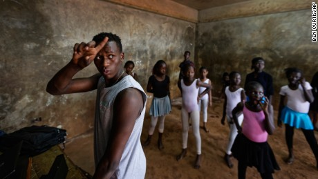 Kenyan ballet dancer walks out of Nairobi slum and on to the world stage