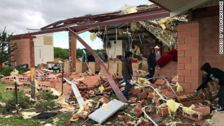 Parishioners survive tornado inside church 'by the grace of God'