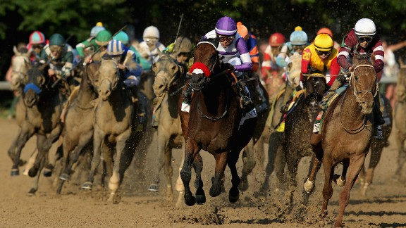 The 2016 Kentucky Derby was won by pre-race favorite Nyquist (center), ridden by Mario Gutierrez.