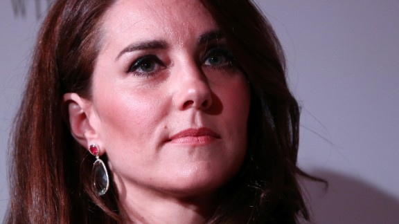 Britain's Catherine, Duchess of Cambridge attends the 2017 Portrait Gala, at the National Portrait Gallery in London on March 28, 2017. The 2017 Gala is fundraising for Coming Home, a project that will make it possible for portraits of iconic individuals to return to places that are special to them for a loan period of over three years. / AFP PHOTO / POOL / NEIL HALL        (Photo credit should read NEIL HALL/AFP/Getty Images)