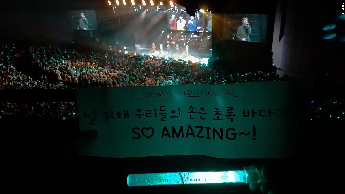 Dallas show with SHINee fans