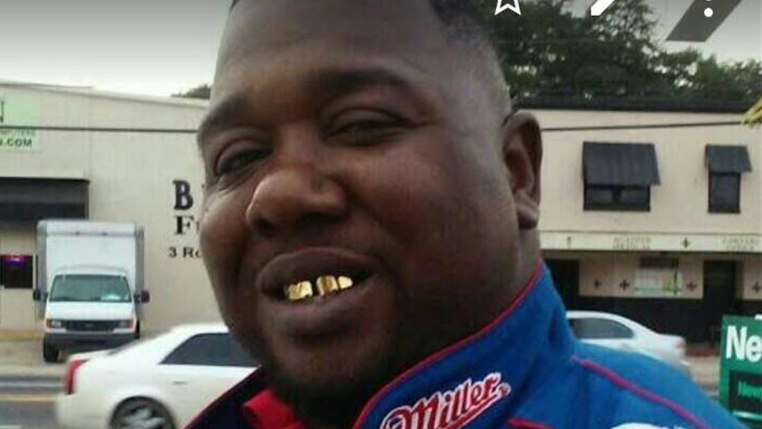No charges against officers in Alton Sterling death; other videos ...