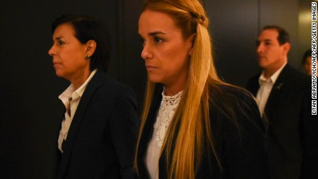 Lilian Tintori (R), and Antonieta Mendoza de Lopez, wife and mother of imprisoned Venezuelan opposition leader Leopoldo Lopez, respectively, arrive for a press conference in Buenos Aires, on March 30, 2017. / AFP PHOTO / EITAN ABRAMOVICH        (Photo credit should read EITAN ABRAMOVICH/AFP/Getty Images)