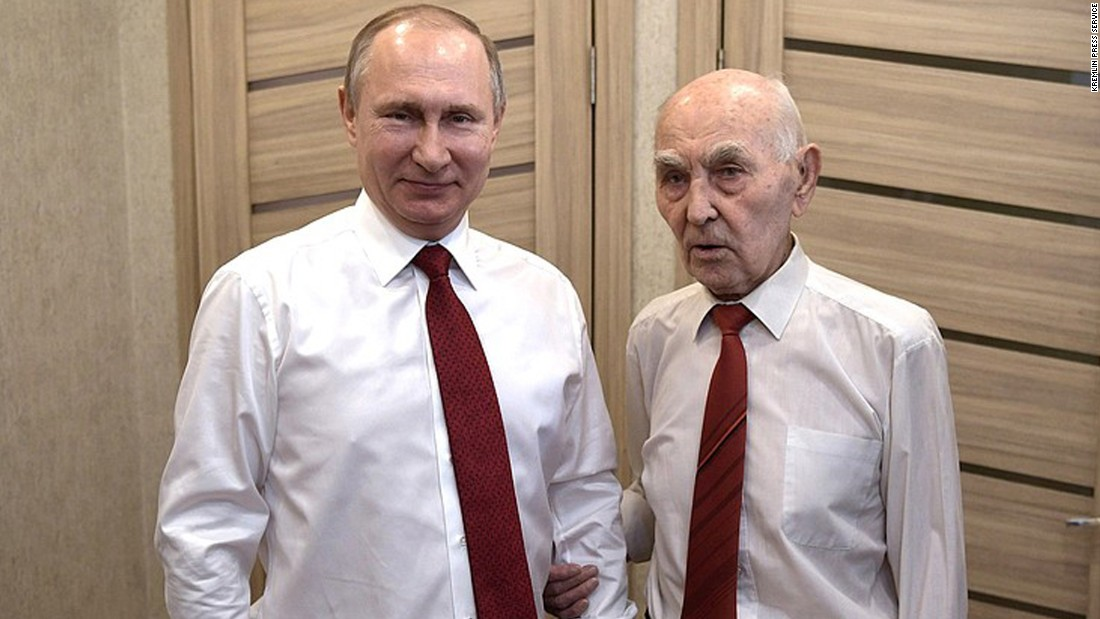 Putin Visits Former Kgb Boss On The Eve Of Victory Day Cnn