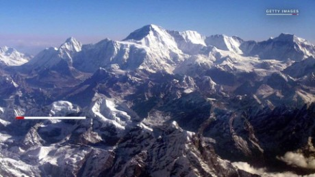 cnnee pkg dificil escalar el monte everest_00000801.jpg