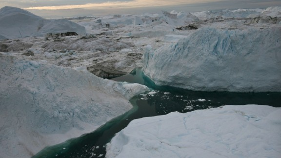 JACOBSHAVN FJORD, GREENLAND - AUGUST 29, 2007:  An aerial view of icebergs floating in the Jacobshavn Fjord, august 29, 2007 near the town of Ilulissat, Greenland.  (Photo by Uriel Sinai/Getty Images)