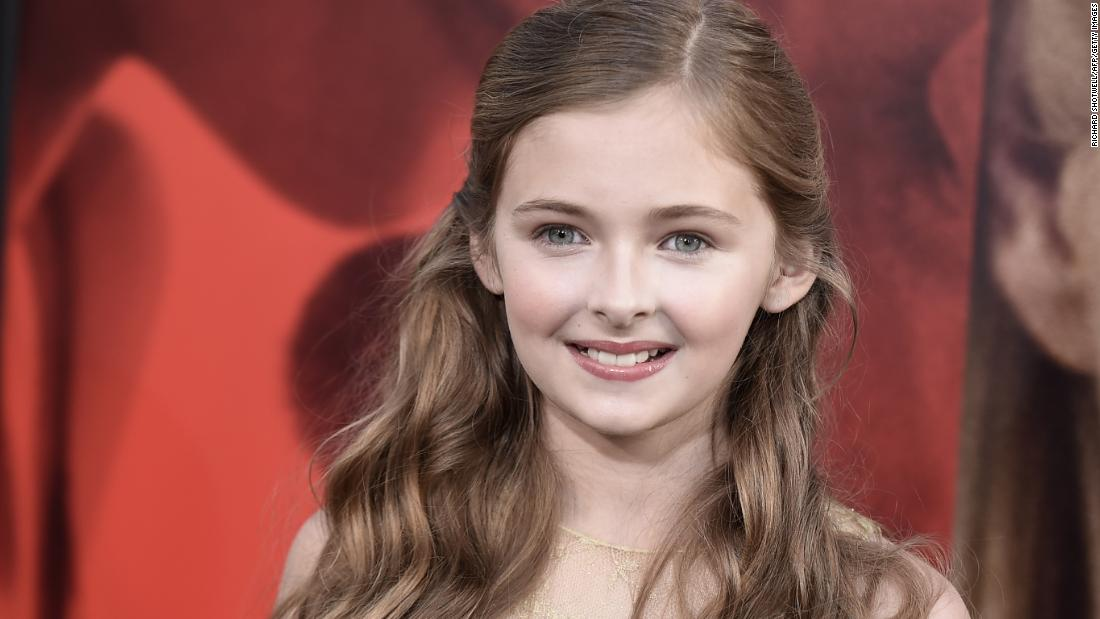 "Isabella went from the 45th-most popular baby name for girls in 2000 to No. 1 in 2009. Child actress Isabella Rice is best known for her work on the TV shows ""Pretty Little Liars"" and ""True Blood."""