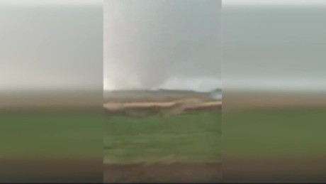 cnnee vo doble tornado en video desde wisconsin _00000401