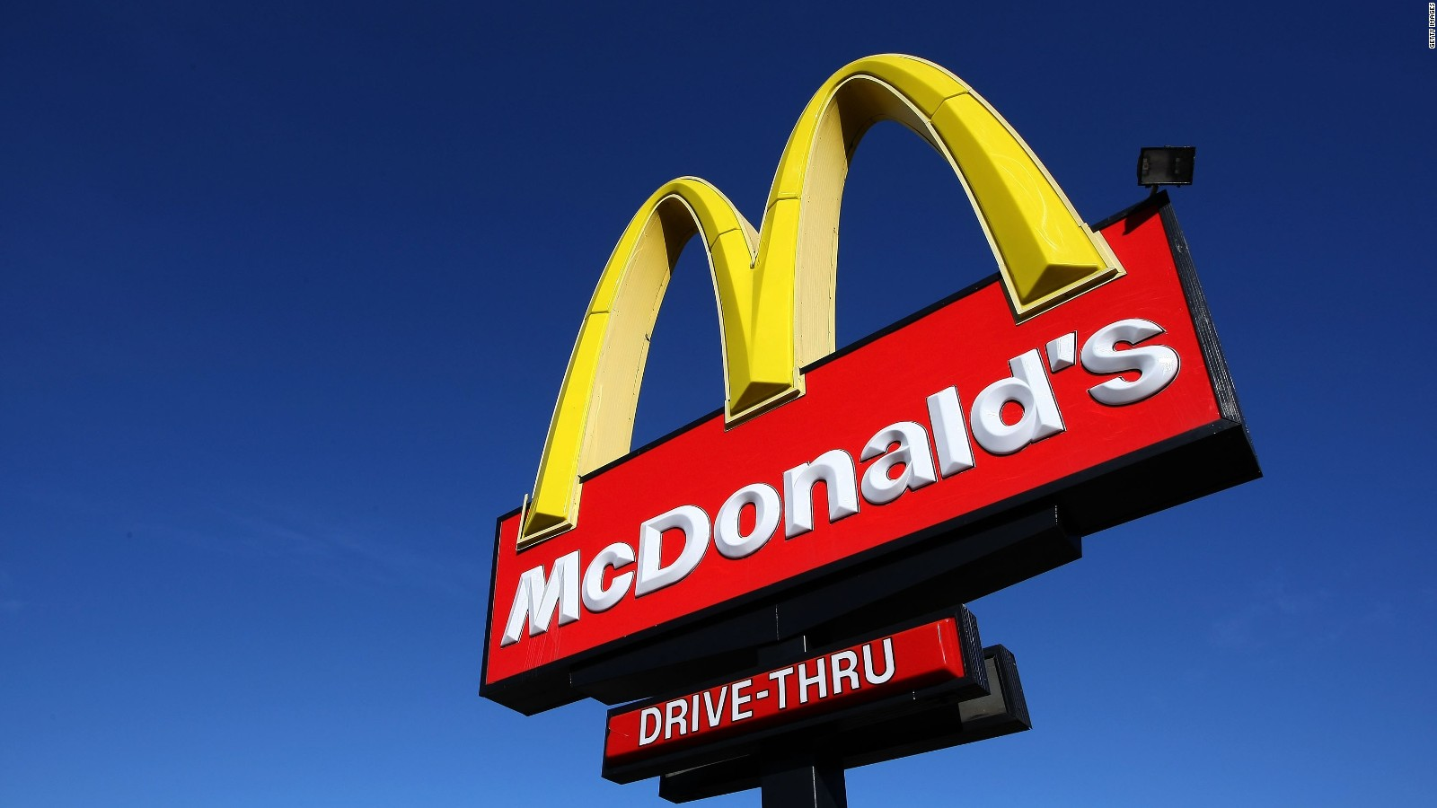 mcdonald s om 95% of mcdonald's restaurants offer happy meals with a fruit, vegetable or low-fat or dairy-free option.