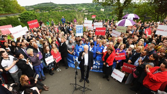 Leader of the Labour Party Jeremy Corbyn addresses the crowd at a campaign rally in Beaumont Park after launching the Labour Party Election Manifesto on May 16, 2017 in Huddersfield, England. Britain will vote in a general election on June 8.