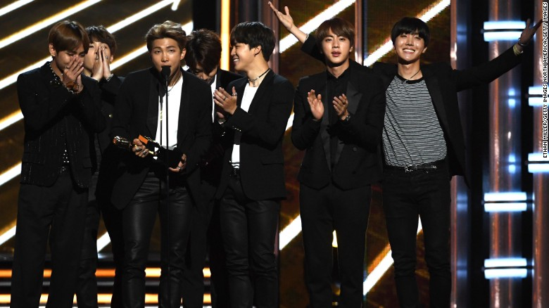 K Pop Group Bts Accepts Top Social Artist Onstage During The  Billboard Music Awards