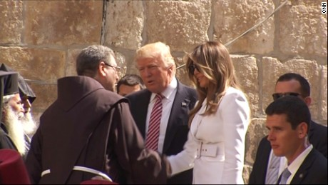 Trump and Melania visit Western Wall