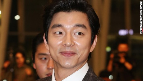 "This photo taken on December 5, 2013 shows South Korean actor Gong Yoo attending ""The Suspect"" film premiere in Seoul.  REPUBLIC OF KOREA OUT JAPAN OUT AFP PHOTO/STARNEWS        (Photo credit should read Starnews/AFP/Getty Images)"
