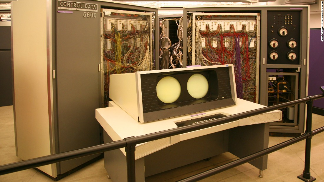 The world's very first supercomputer, the Control Data Corporation (CDC) 6600, only had a single CPU. <br /><br />Released in 1964, the CDC 6600 achieved a peak performance of 3 million floating point operations per second (3 megaflops).