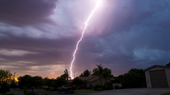 Lightning strikes east Mesa, Ariz., Friday, July 29, 2016. (Michael Chow/The Arizona Republic via AP)