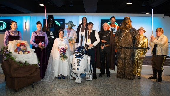 """Tom Proprofsky and Liza Rios-Proprofsky spent almost two years planning their """"Star Wars"""" wedding"""