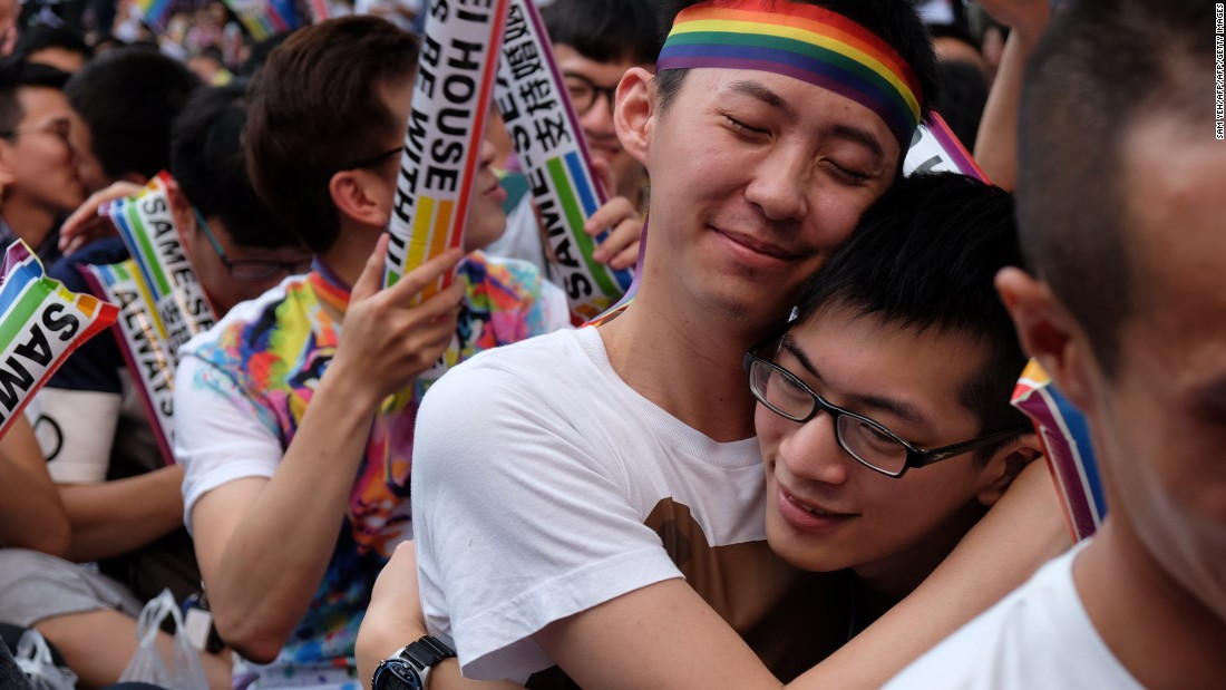 Taiwan voters reject same-sex marriage