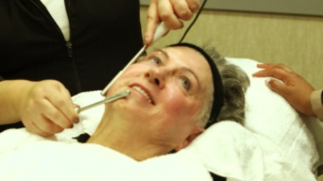 Teching Microcurrent Facial_00001111.jpg