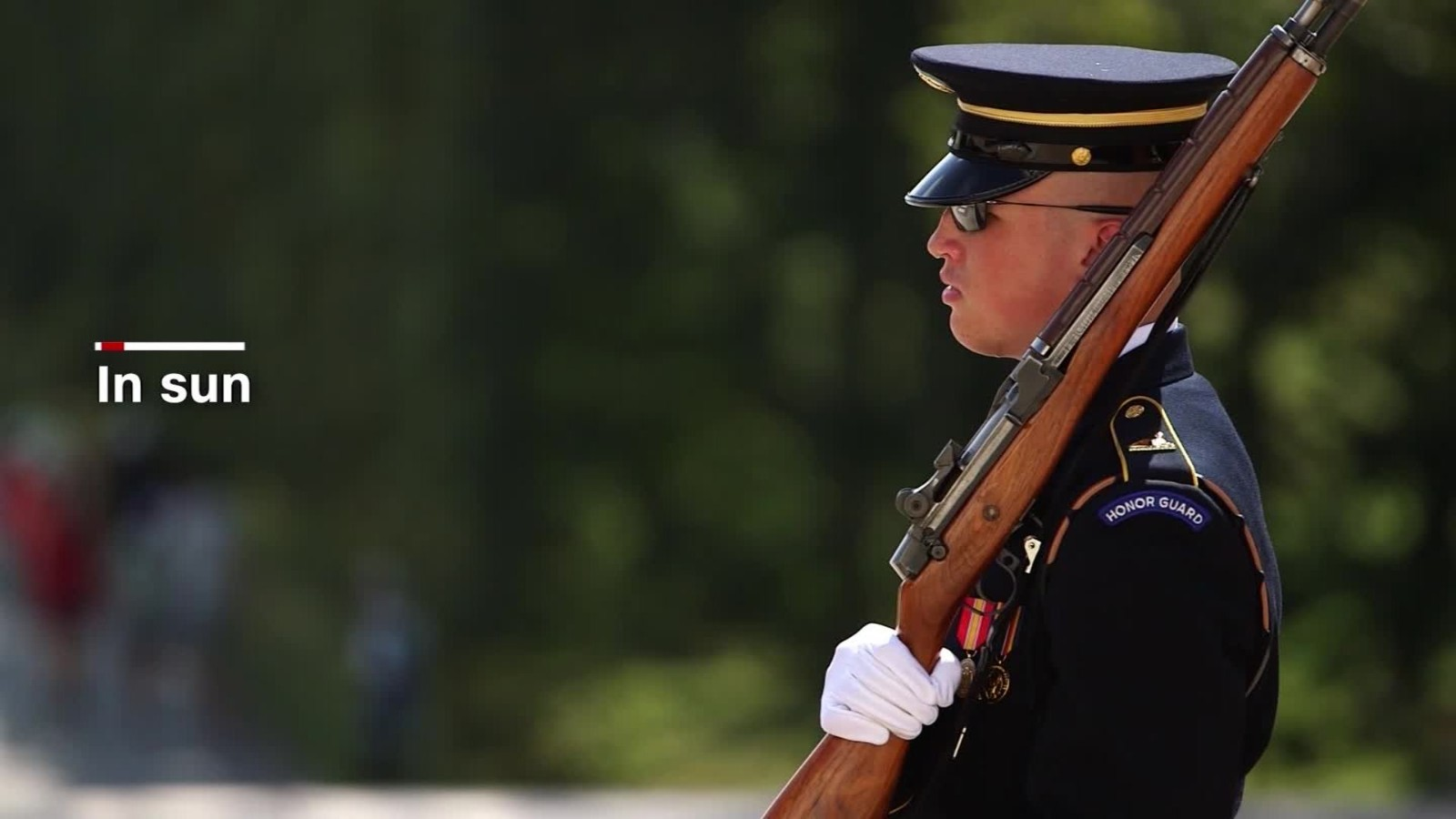 Soldier braves elements to honor fallen comrades - CNN