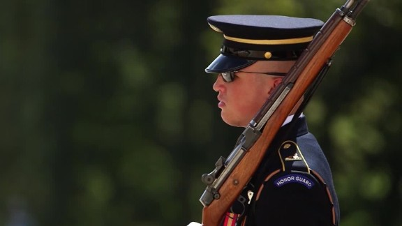gurading tomb of unknown soldier orig _00005113.jpg